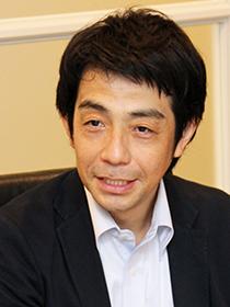 「事業再編で名刺de商売繁盛を活用しています」と清家氏